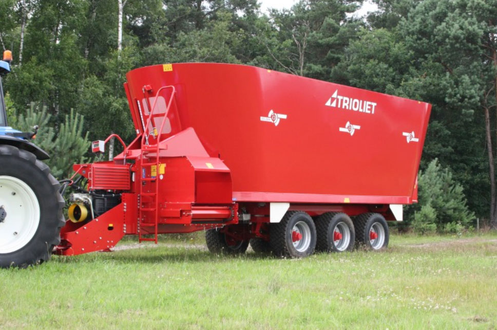 Trioliet Solomix 3 VLX-K mixer feeding machine - Martin Supplies